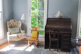 Fuller House sitting room