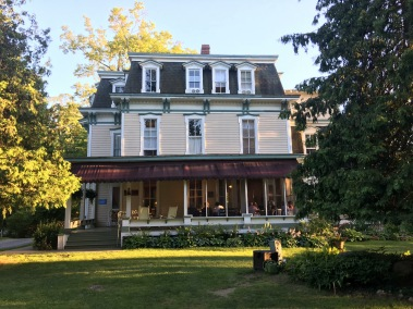 Fuller House front view